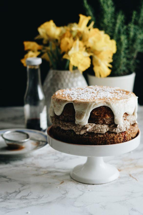 Kardamonowe ciasto z kremem z palonego masła 52