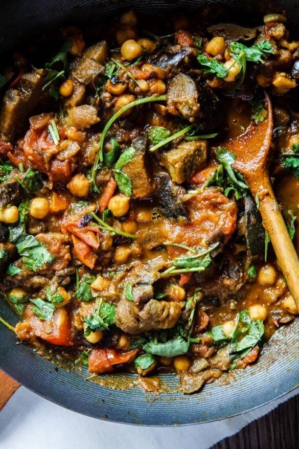 Curry z bakłażanem i ciecierzycą 26