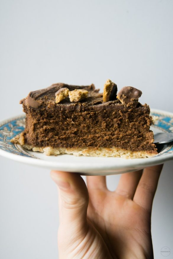 Sernik czekoladowy na korzennym spodzie 38