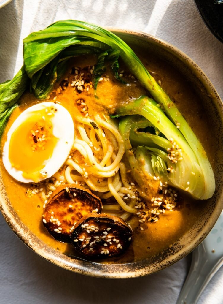 Vege Spicy Miso Ramen - Ramen Wegetariański Jak Marzenie 1
