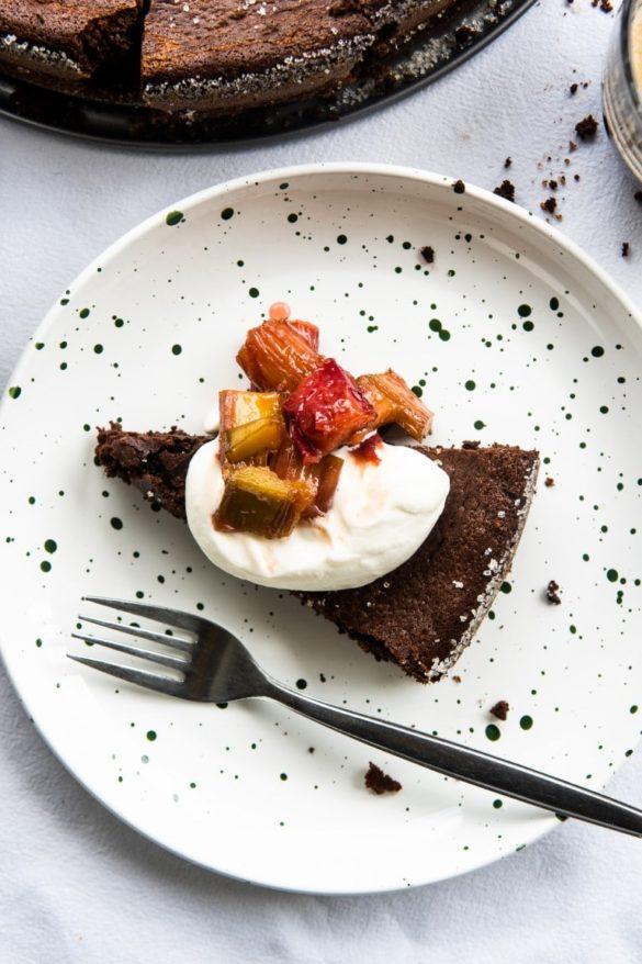 Lekkie bezmączne ciasto czekoladowe z kawą 2