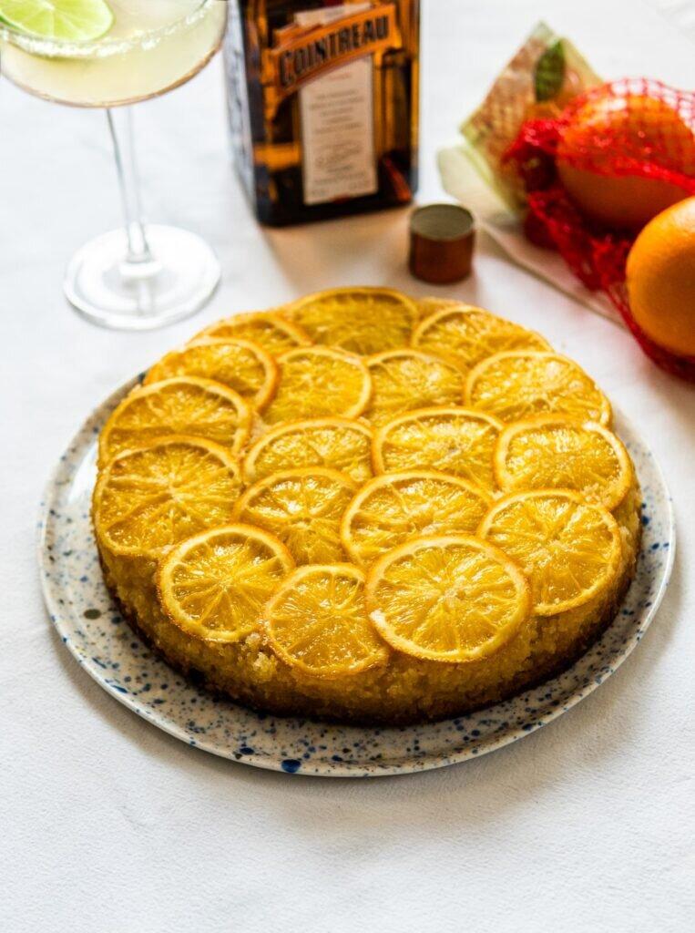 Odwrócone ciasto migdałowe z pomarańczami i likierem Cointreau 3